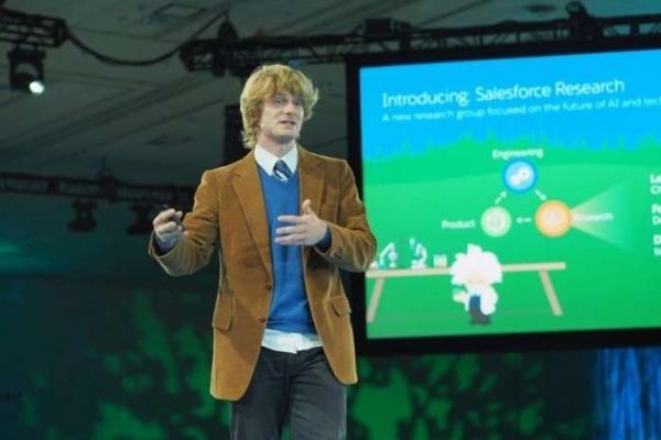 Salesforce首席科学家:拜师吴恩达,投身深度学习,新生代AI领袖