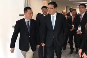 北京市代市长陈吉宁一行参观SinoBBD北美子公司