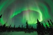 南極與北極的極光為何有所不同?科學家終于找到了答案