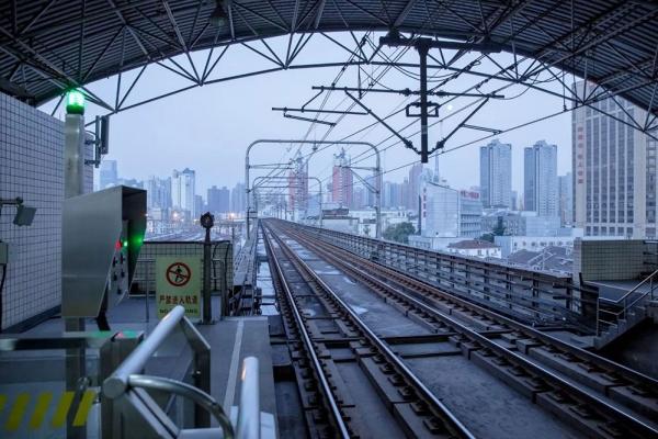 华为助力上海地铁打造线网级专用电话通信平台