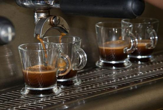 """AI开设品鉴咖啡豆课程 更加注重""""口味""""这一变量"""