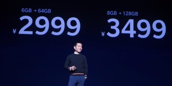 没有全面屏和人工智能的手机公司终究是不完整的,所以一加5T来了