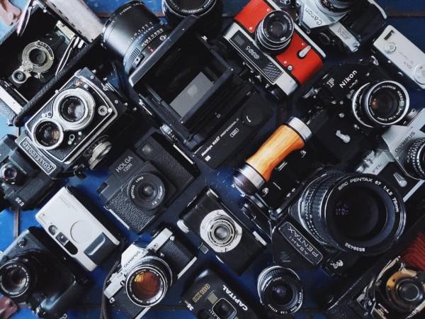 如何把数百部手机中的视频素材合成影视作品?AI分分钟搞定!