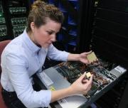 IBM推出业界最领先的服务器 专为人工智能设计