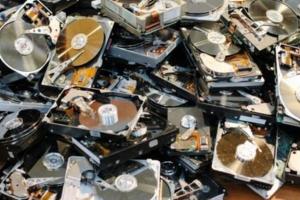磁盘面临一波冲击:在供应量激增之后,闪存价格将遭遇持续崩溃