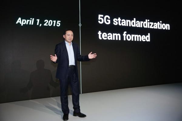 2019MWC首款5G手机花落OPPO 携手四家运营商开启5G登陆行动
