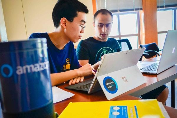 康奈尔大学分析587位亚马逊Echo用户发现,人们对它越满意,会赋予它更多人性