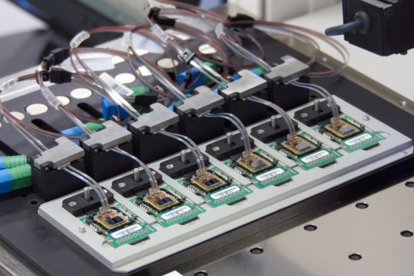 思科6.6亿美元收购网络芯片制造商Luxtera