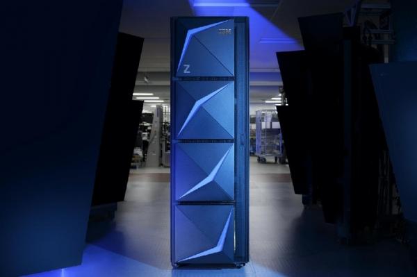 新常态与新动力 IBM硬件的创新与客户至上之道