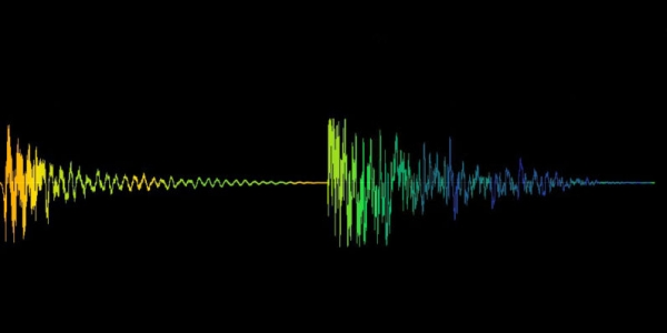 我训练了一个AI来复制我的声音,结果吓坏了我