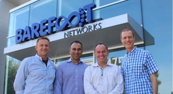 英特尔收购Barefoot Networks强化芯片数据中心通信能力