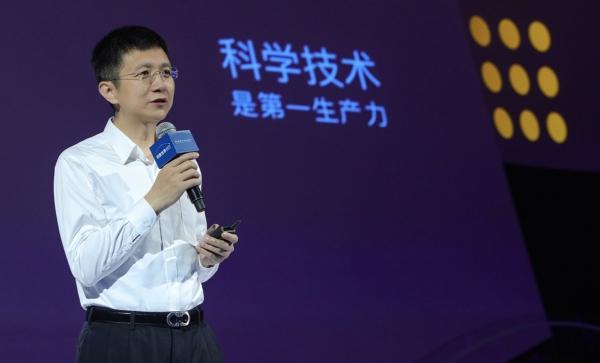 """李彦宏不只有""""颜"""",百度的人工智能也不只是""""噱头"""""""