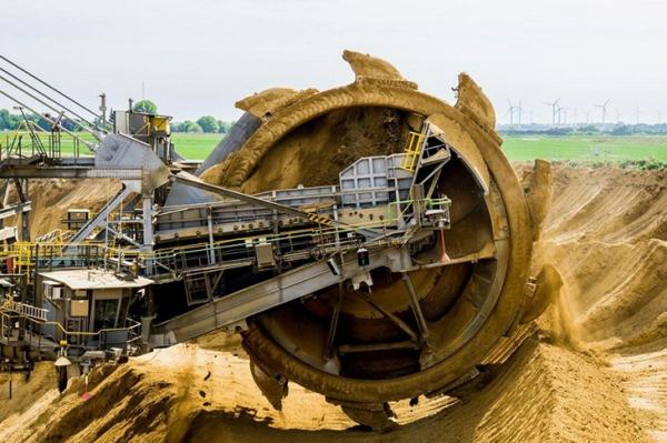 88304如何改善采矿行业现状?