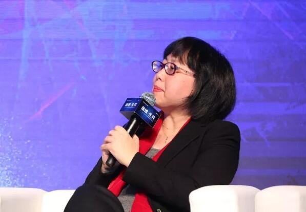资深IT分析师汤彤妹:混合云的发展方向吻合市场需求
