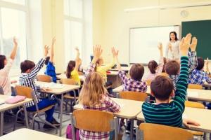 教育已�普及了,但技�g�x能的因材施教�����_始