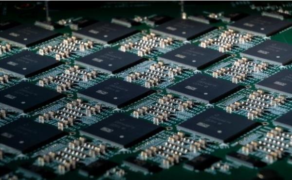 英特尔64芯片神经拟态系统Pohoiki Beach,在研究试验中取得突破性成果