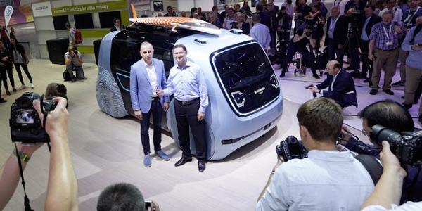大众汽车在CEBIT 2018上展示全面的数字技术