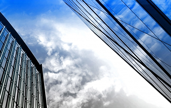 "IDC:2021年全球""整体云""收入将突破5540亿美元"