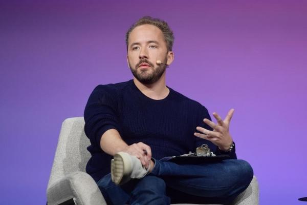 Dropbox CEO谈后疫情工作方式的转变