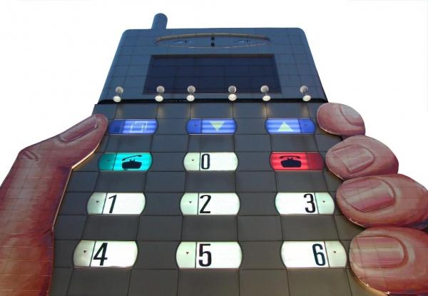 智能手机的屏幕进化和电子媒介的物竞天择
