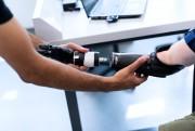 护理机器人能否彻底取代保健医生?