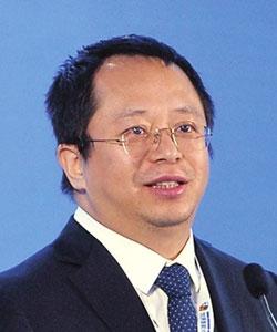"""第二届智能大会-周鸿祎 360集团董事长兼CEO-建立""""安全大脑""""保卫智能时代"""