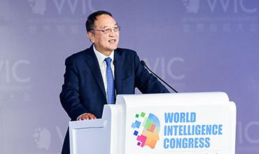 联想控股股份有限公司董事长 柳传志:《科技创新过去的坎坷和未来的光明》