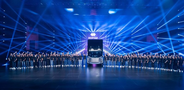 百度、狮桥联合赋能DeepWay 智能新能源卡车造车新势力应势而生