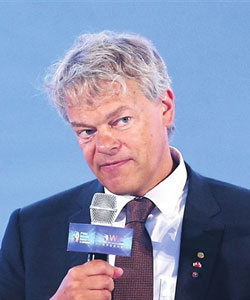 Reviews-Edvard Moser, Winner of Nobel Prize in Physiology or Medicine-Secrets of Brain and the Magic of AI
